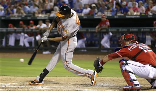 Every Oriole gets hit in 7-4 win at Texas