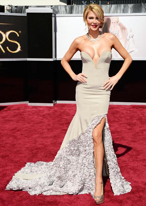 "Brandi Glanville's Dad Said Her Oscar Dress Showed ""Way Too Much Boob"""
