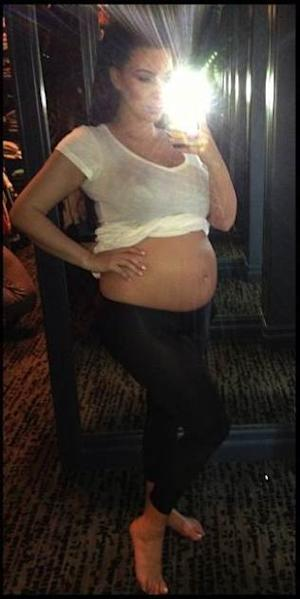 Kim Kardashian shows off her baby belly, April 6, 2013 -- Kim Kardashian/Twitpic