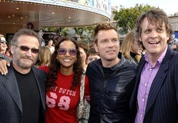 Robin Williams , Halle Berry , Ewan McGregor and director Chris Wedge at the Westwood premiere of 20th Century Fox's Robots