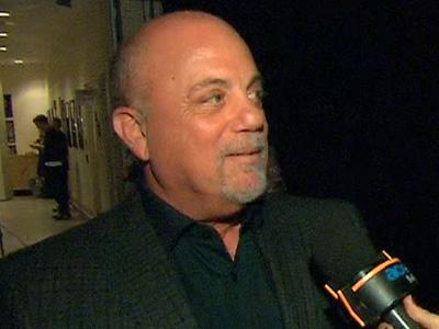 Billy Joel Talks 'Pulling Together' To Help The Victims Of Hurricane Sandy At 12-12-12 Concert