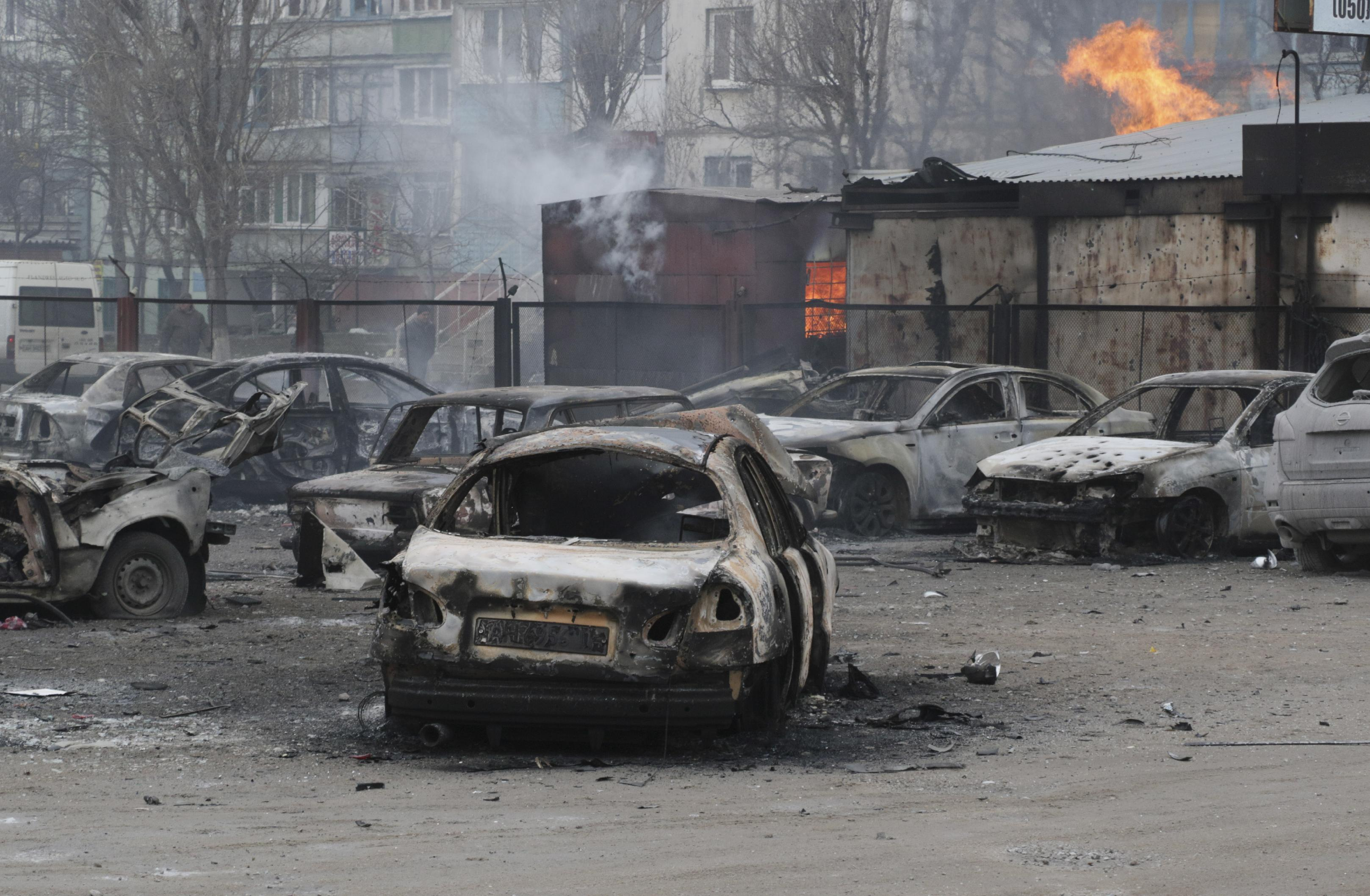 Pro-Russian rebels attack key port; Ukraine says at least 30 dead