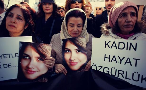 In Turkey, Not Even Posters of Women Are Safe From Violence