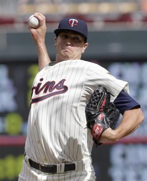Gibson wins debut as Twins beat Royals 6-2