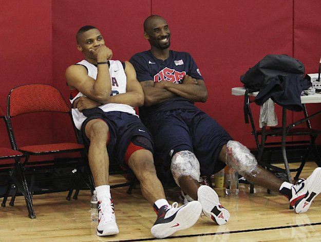 USA men&#39;s basketball national team members Russell Westbrook, left, hangs out with teammate Kobe Bryant after practice at the Mendenhall Center on the UNLV campus in Las Vegas on Friday, July 6, 2012. (AP Photo/Las Vegas Review-Journal, Jason Bean)