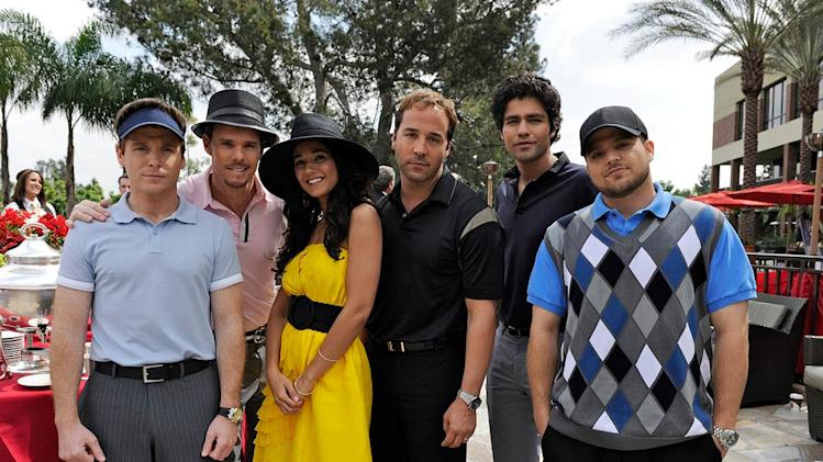 "Kevin Connolly, Kevin Dillon, Emmanuelle Chriqui, Jeremy Piven, Adrian Grenier, and Jerry Ferrara star in ""Entourage."""