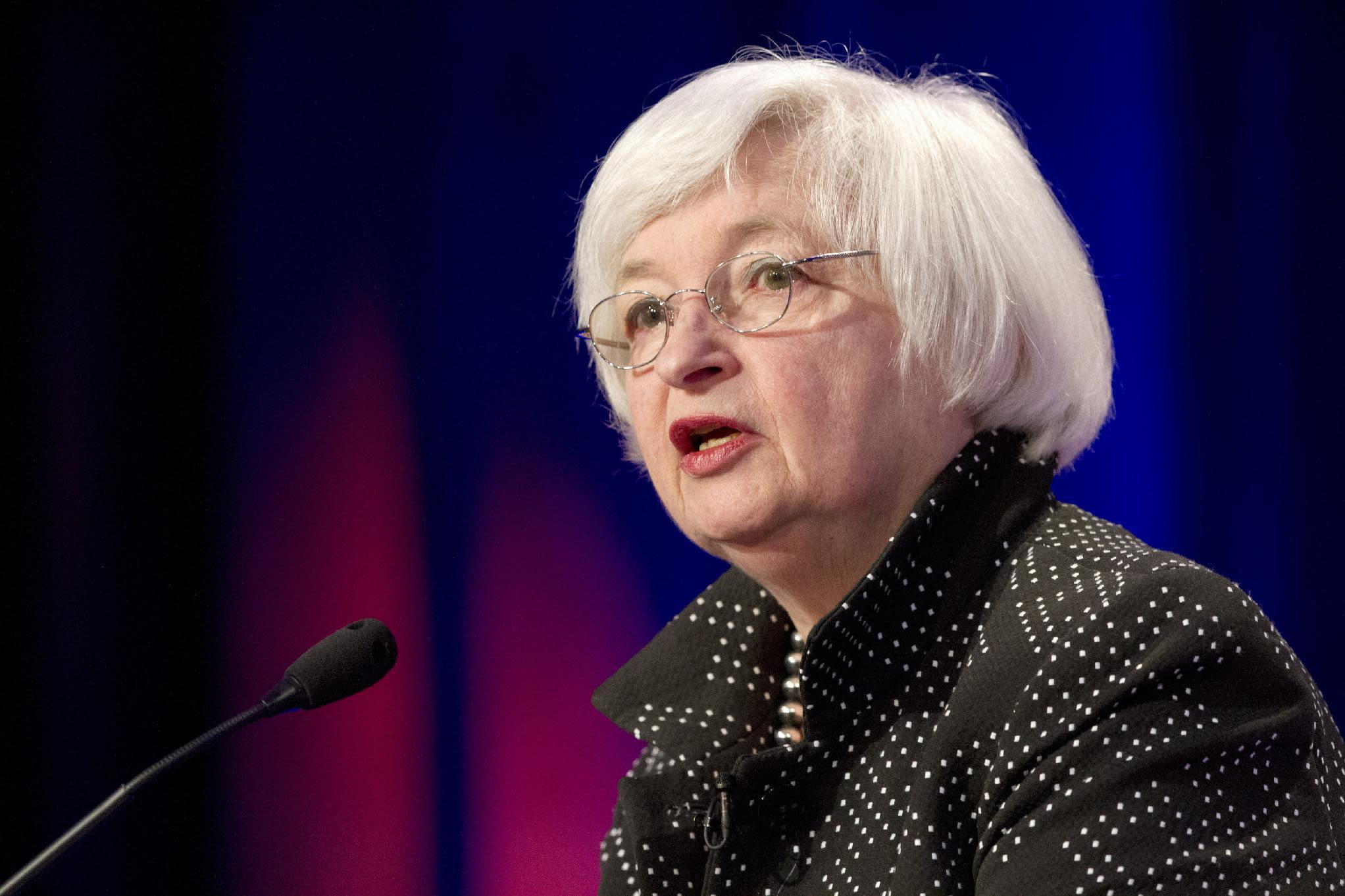 Yellen says bank regulators making progress in reforms