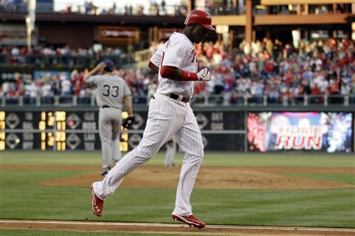 Ruiz HR lifts Phillies over Padres 7-3
