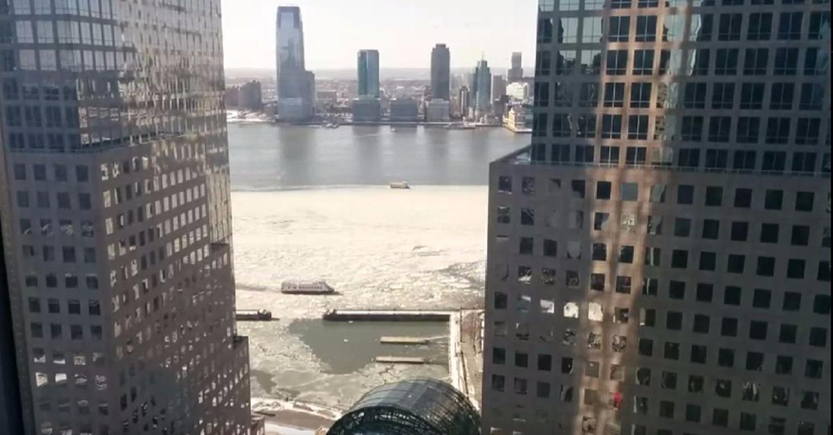 Watch a Timelapse of the Icy Hudson River
