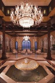 CatererGlobal Names The Ritz-Carlton, Dubai as Best Five Star Hotel Employer of the Year