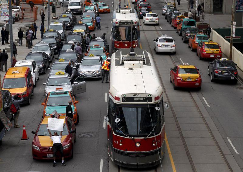 Uber targeted by Canada's largest city amid cabbie protest
