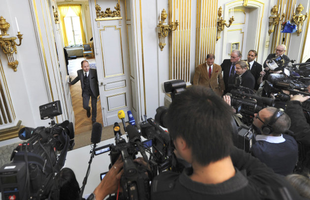 Peter Englund, permanent secretary of the Royal Swedish Academy, arrives to announce that Chinese writer Mo Yan has been named the winner of the 2012 Nobel Prize in literature, Thursday Oct. 11, 2012 in Stockholm. The Swedish Academy, which selects the winners of the prestigious award, in Thursday praised Mo&#39;s &quot;hallucinatoric realism&quot; saying it &quot;merges folk tales, history and the contemporary.&quot; As with the other Nobel Prizes, the prize is worth 8 million kronor, or about $1.2 million. (AP Photo/Fredrik Sandberg) SWEDEN OUT