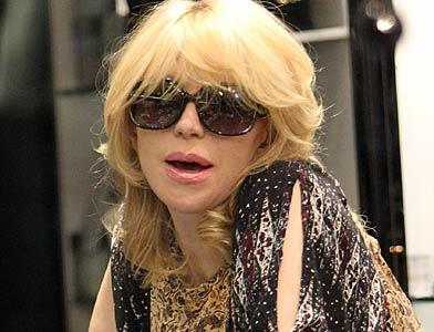 pst Courtney Love Shopping