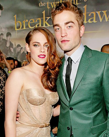 PICTURE: Kristen Stewart, Robert Pattinson Wow at Breaking Dawn - Part 2 Premiere