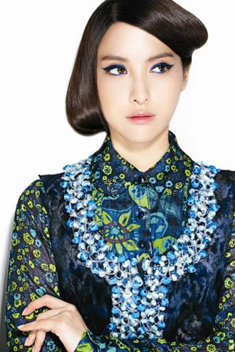 Kara's Park Gyu-ri is Anna Sui's autumn model