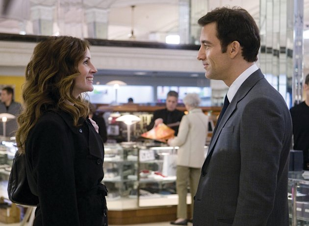Julia Roberts Clive Owen Duplicity Production Stills 2009