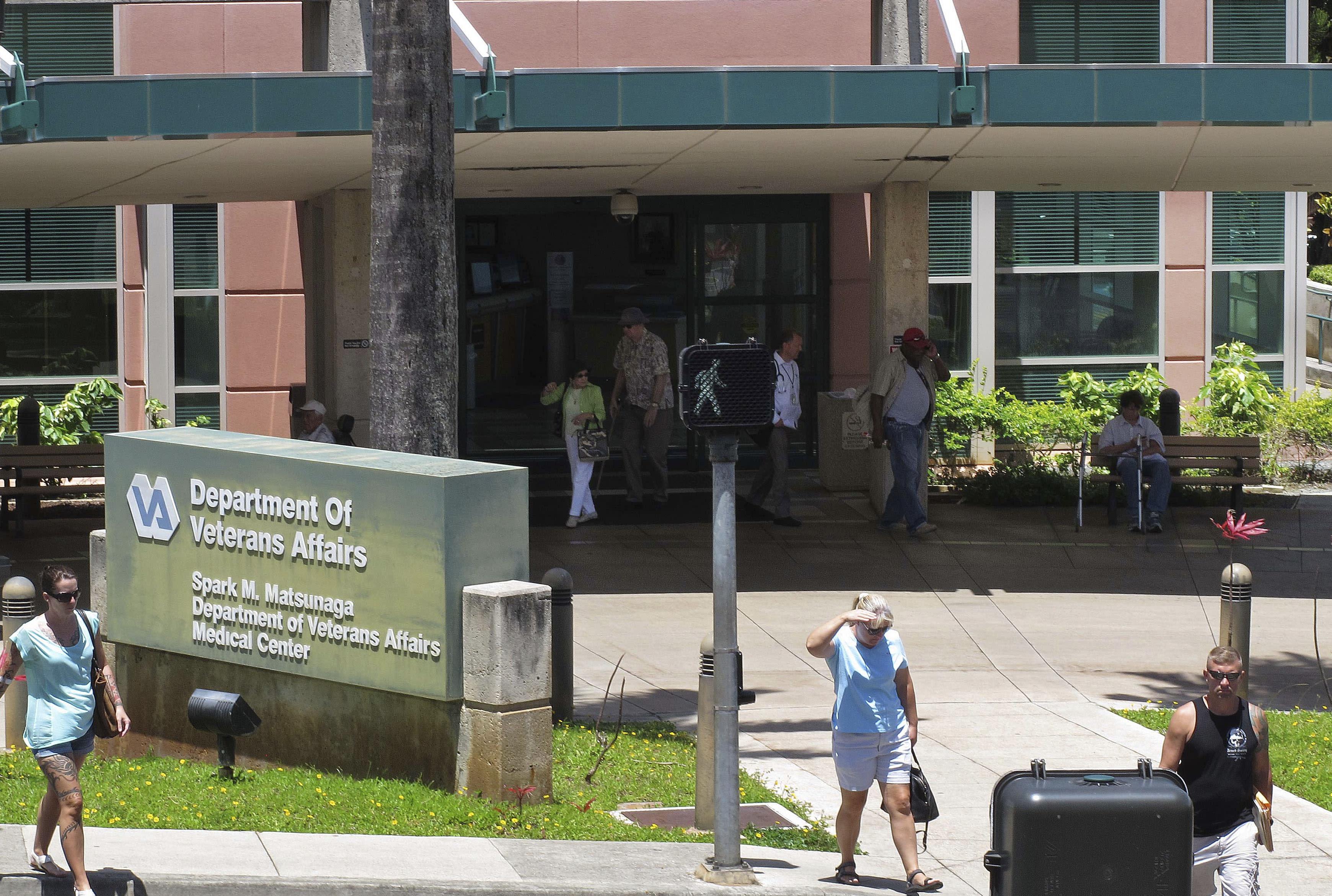 Report: Hawaii supervisor manipulated veterans' benefit data