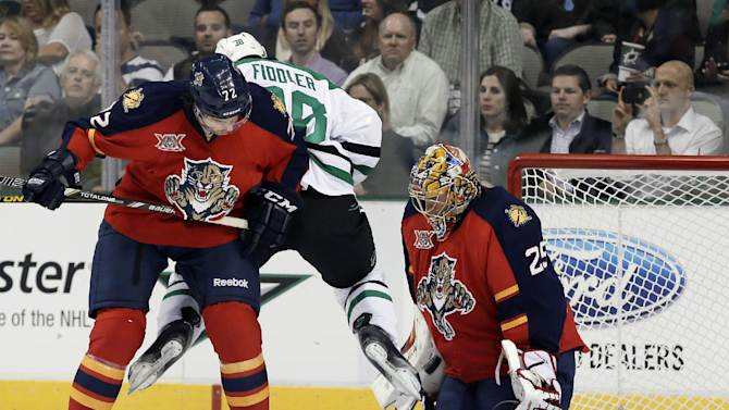 Stars edge Panthers 3-2 in shootout