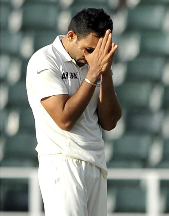 India's Zaheer Khan reacts during the second day of their cricket test match against South Africa in Johannesburg