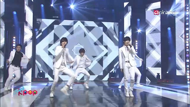 Simply K-Pop : Pure - I Still Love You