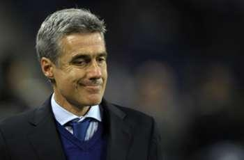 Porto interim coach Castro calls for fans' support