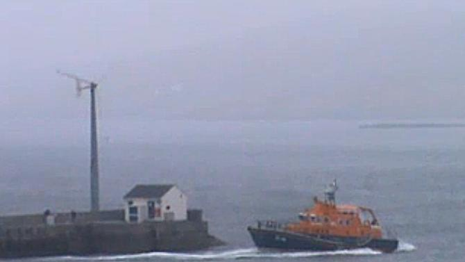 4 die when helicopter crashes off Scotland