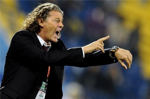 Metsu replaces Maradona at Al Wasl