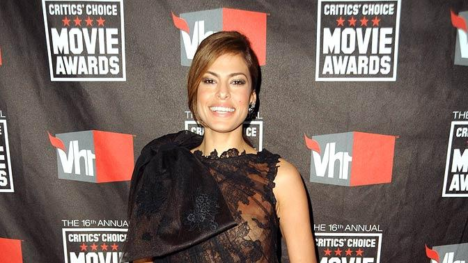 Eva Mendes Critics Choice Movie Aw