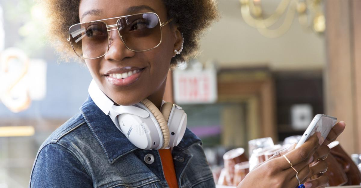 The new BOSE® SoundLink® Wireless Headphones
