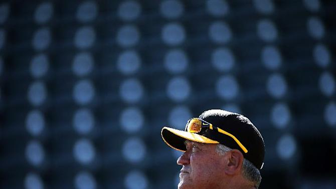 Pittsburgh Pirates manager Clint Hurdle watches batting practice before the annual Black and Gold intrasquad spring training baseball game in Bradenton, Fla., Monday, March 2, 2015. (AP Photo/Gene J. Puskar)