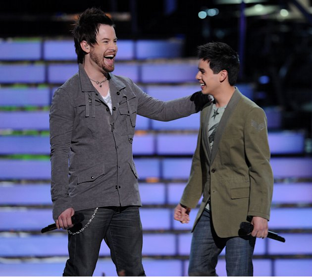David Cook and David Archuleta arrive for the &quot;Battle Of The Davids&quot; on American Idol. 