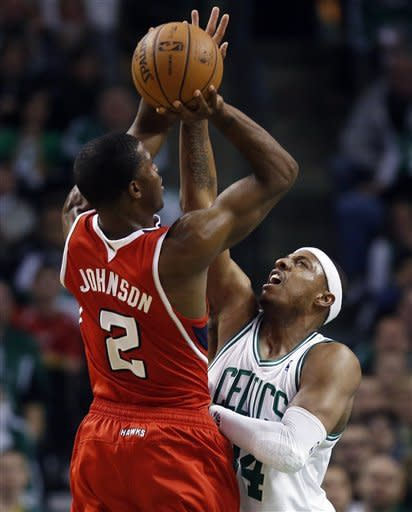 Pierce helps Celtics top Hawks for 3-1 series lead