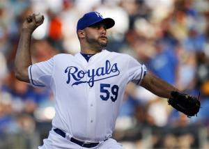 Paulino shuts down Yankees as Royals win 5-1
