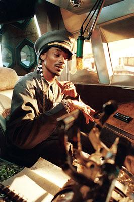 Snoop Dogg will be your captain in MGM's Soul Plane