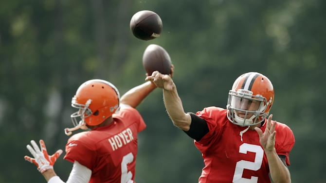 Browns starting Hoyer, not Manziel vs. Redskins