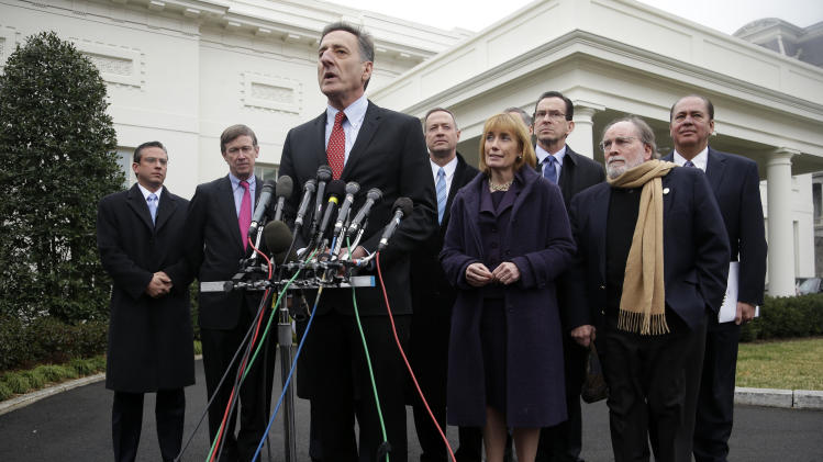 Governors urge Congress to avoid automatic cuts