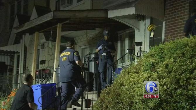 Search for clues after 2 women found murdered in Mayfair home