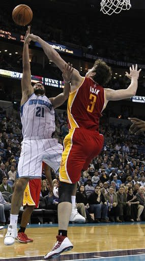 Mason, Hornets beat Rockets, win 3rd straight