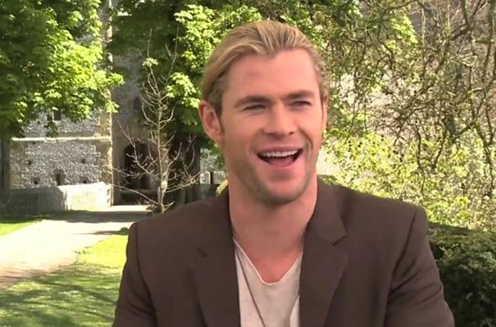 Chris Hemsworth To Star In '50 Shades' With 'SWATH' Co-Star Kristen Stewart?