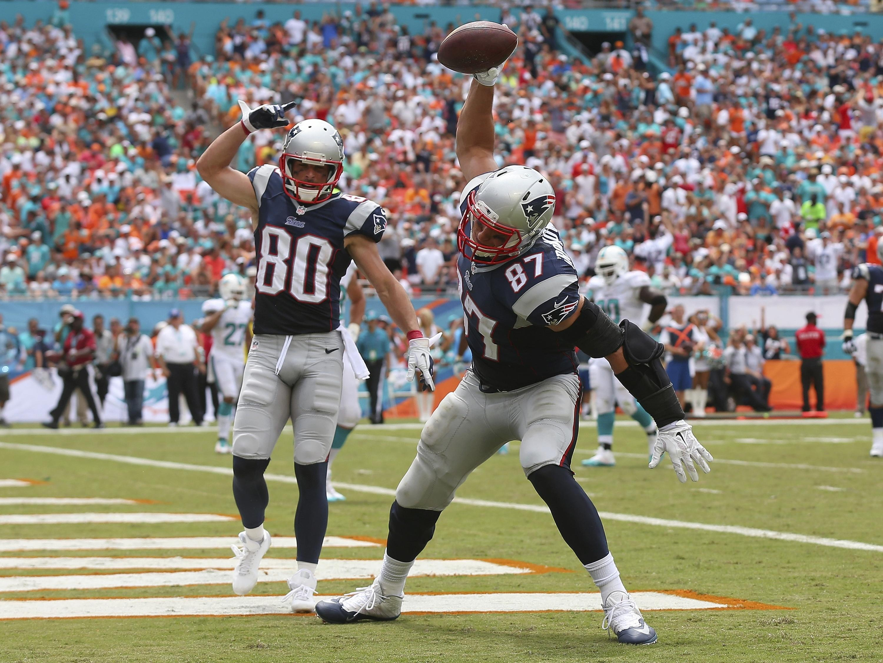 First Down: Go for Gronk? Kelce, Hill are why you shouldn't
