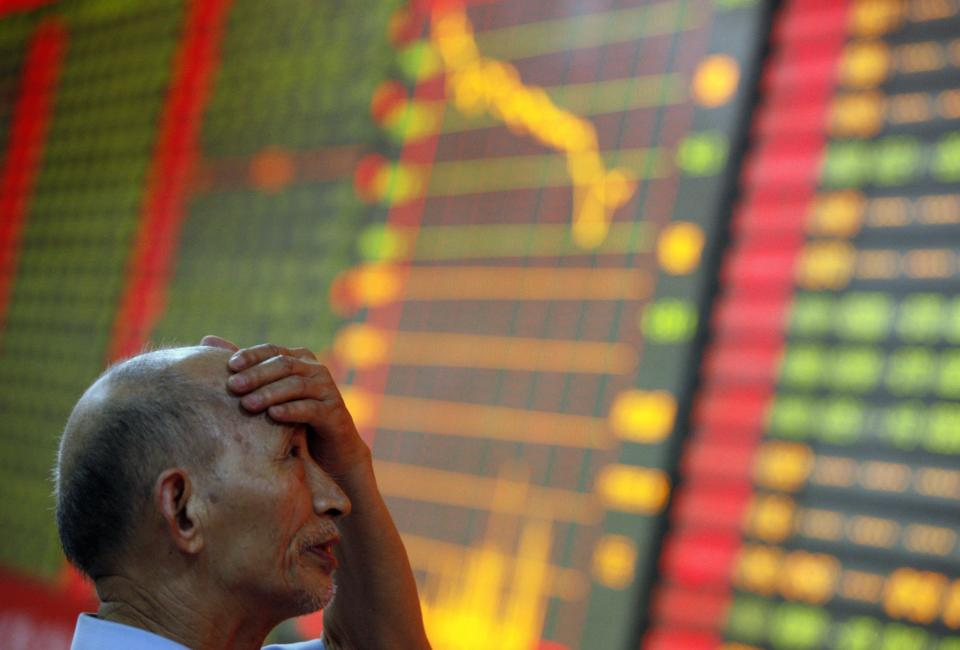 Asia stocks extend fall on China worries
