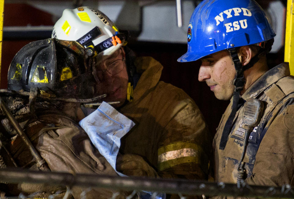 NY subway worked rescued after hours stuck in mud
