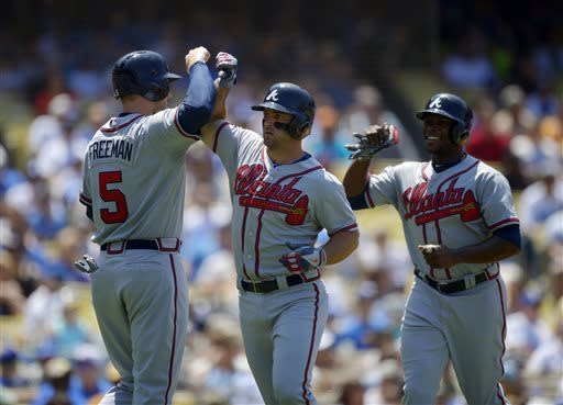 Uggla's 2 HRs power Braves to 8-1 win over Dodgers