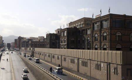 Houthis have released kidnapped Yemen aide, sources say
