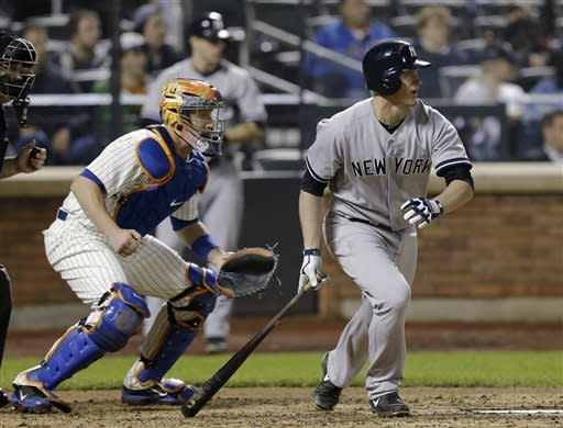 Mets rally to beat Rivera and Yankees, 2-1