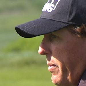Phil Mickelson pars No. 14 AT&T Pebble Beach