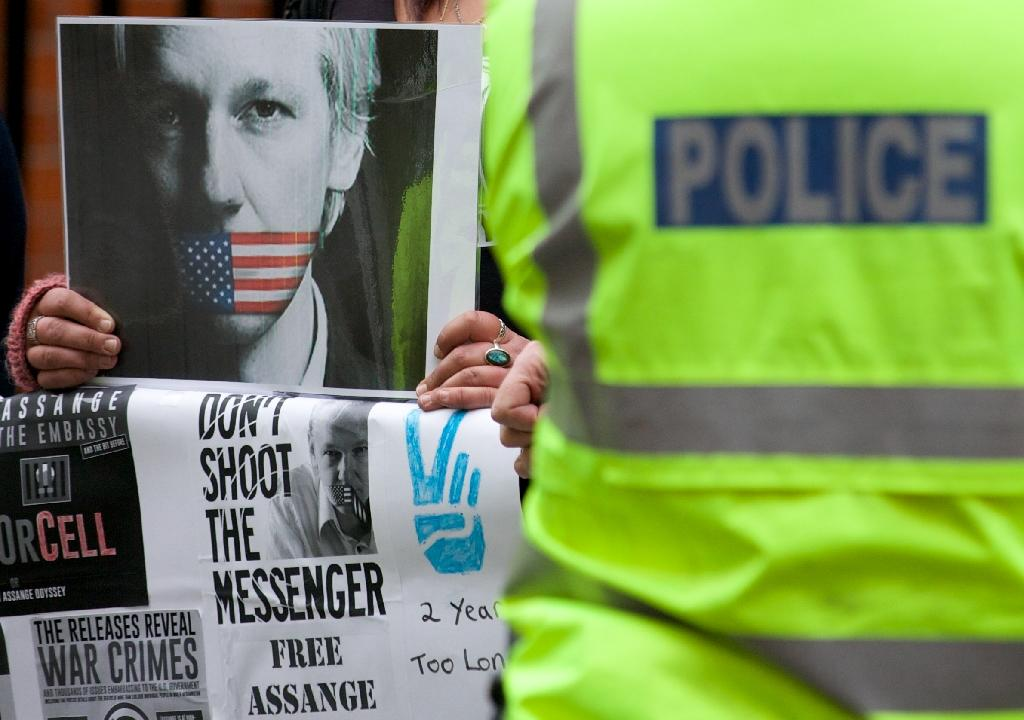 UK police end round-the-clock Assange embassy guard