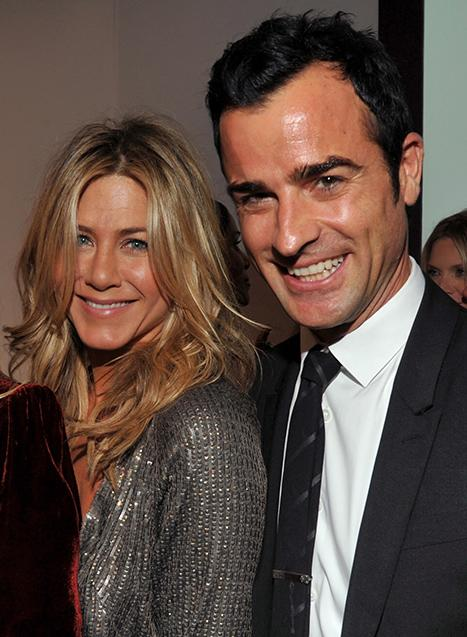Jennifer Aniston Flashes Engagement Ring on Hot Date With Justin Theroux