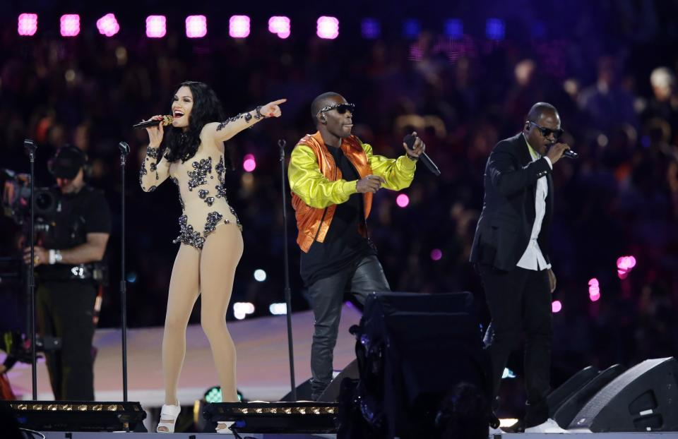 British singer Jessie J, second left, performs during the Closing Ceremony at the 2012 Summer Olympics, Sunday, Aug. 12, 2012, in London.  (AP Photo/Matt Slocum)