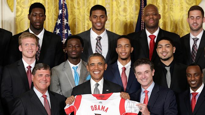 Obama Welcomes NCAA Champion Louisville Cardinals Basketball Team To White House
